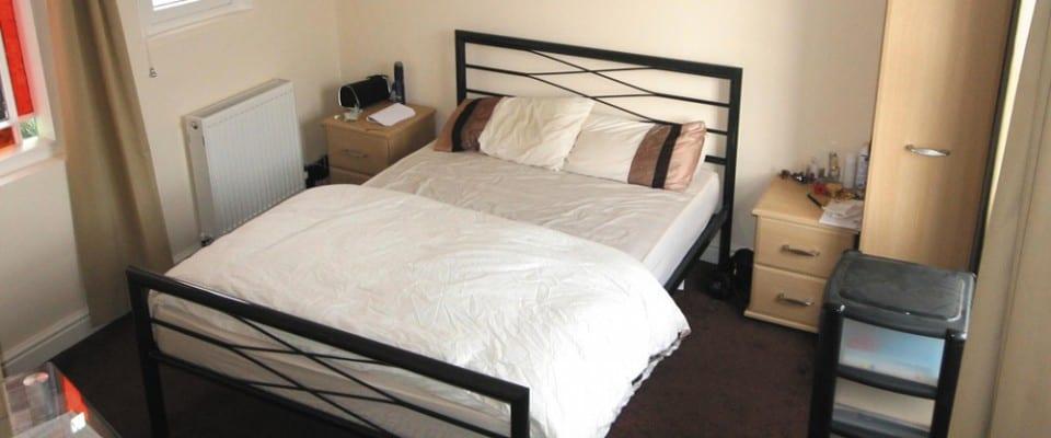 Upper King Street Bedroom