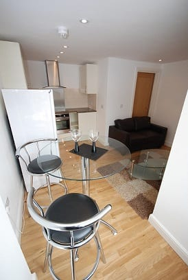 1 BED DINING AREA AND KITCHEN