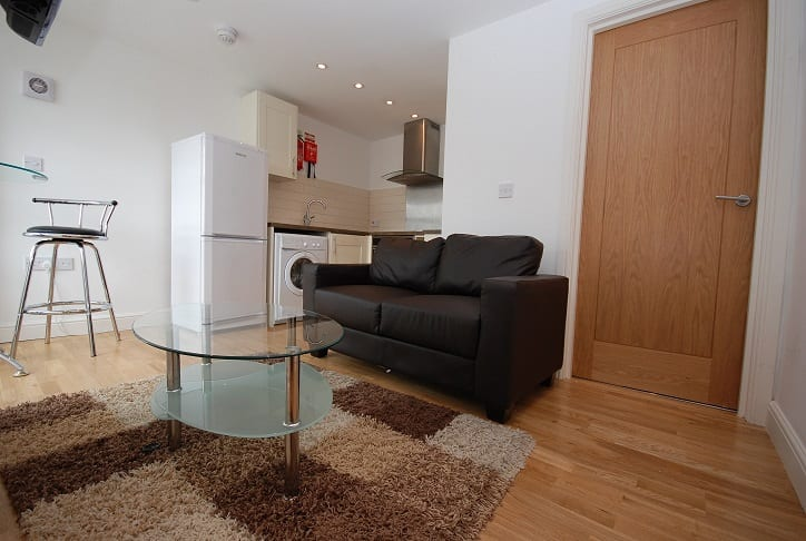 1 BED LIVING AREA