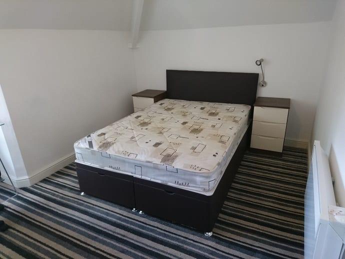 FLAT 7 BEDROOM