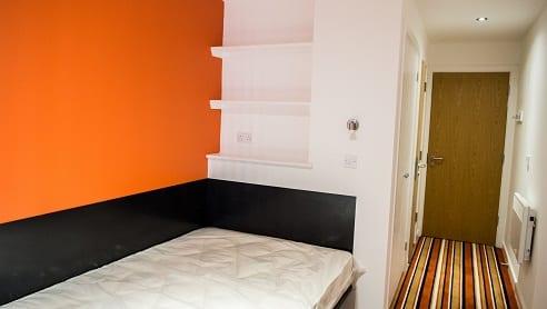 4 BED BEDROOM 2